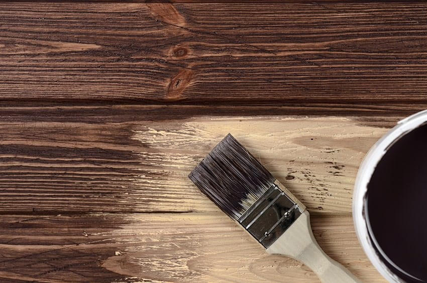 4 Best Brushes for Staining Wood 2019 – Reviews and Buyer's Guide