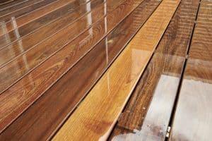 wood-deck-brightener